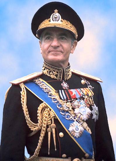 shah-in-uniform